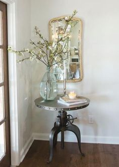 Surprising Useful Ideas: Vintage Home Decor Wall vintage home decor living room joanna gaines.Classic Vintage Home Decor Mirror vintage home decor antiques ideas.Vintage Home Decor Victorian Wallpapers. Country Farmhouse Decor, French Country Decorating, Farmhouse End Tables, Country Homes, Modern Country, Dining Room Corner, Casa Patio, Décor Antique, Magnolia Homes