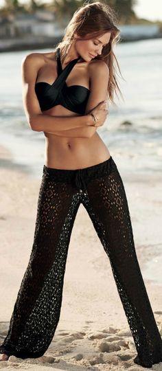 Miss M's Girls Trip: beach resort chic PilyQ Midnight Cris Cross Bandeau Bikini Top know you are wearing this in PC