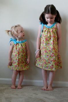 Sippycups and Fingerprints: Free simple dress pattern