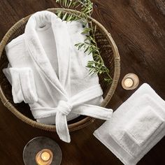 Learn how to create a spa-like bathroom with interior designer, Tracy Svendsen. Design a stunning home spa with these design tips and images. Home Spa Room, Spa Day At Home, Spa Treatment Room, Spa Treatments, Spa Like Bathroom, Massage Room, Wellness Spa, Luxury Spa, Spa Gifts