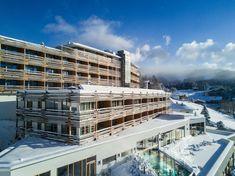Hotelansicht vom Nidum Casual Luxury Hotel in Mösern/Tirol/Österreich!  #leadingsparesorts #leadingspa #austria #wellness #spa #beauty #tirol #winter #hotel #resort #wellnessurlaub #wellnesshotel #casual #luxury #travel #travelblog #travelling #vacation #holiday #nature Wellness Spa, Grand Hotel, Austria, Winter, Skiing, Places To Visit, Wanderlust, Mansions, Architecture