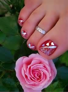valentine's day toe nail art
