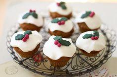 Mini christmas pudding muffins recipe iDABBLLU