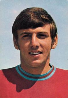 Martin Peters - the third of the West Ham trio of heroes in the World Cup of Retro Football, Vintage Football, Sport Football, Football Players, World Cup Teams, Soccer World, West Ham Players, Martin Peters, Der Club