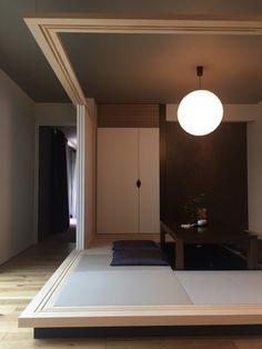 和室 畳コーナー Japan Interior, Japanese Interior Design, Japanese Design, Home Interior Design, Japan Room, Japanese Modern House, Washitsu, Japanese Apartment, Tatami Room