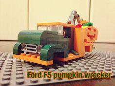 Ford F5 wrecker