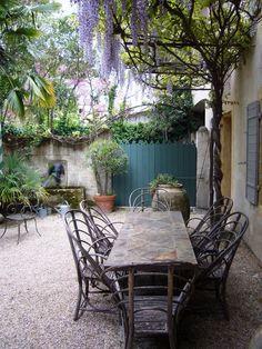 dîner à l'extérieur en France