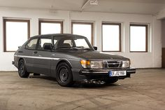 Saab 900 - I'll have another one of these someday, probably my favorite looking car.