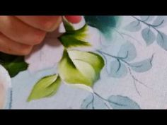 Como pintar folhas - YouTube
