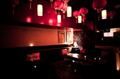 Taking its heritage from the Opium dens of 1920's Shanghai, the multi-award winning Golden Monkey is world famous for its seductive décor, broad selection of quality drinks, beautifully complementing food and friendly staff. http://foodwinesleep.com.au/bars/melbourne/golden_monkey.html#reviews