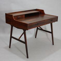 Desk by Arne Wahl Iversen, 1950's | FIRMA LONDON                                                                                                                                                                                 Mehr