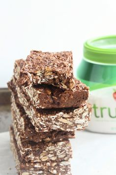 #ad Protein-Packed Nut Free Chocolate Granola Bars | C it Nutritionally #TasteTruvia