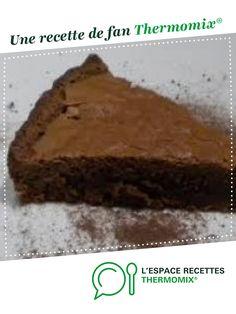 Gâteau au chocolat par littlemary. Une recette de fan à retrouver dans la catégorie Pâtisseries sucrées sur www.espace-recettes.fr, de Thermomix<sup>®</sup>.