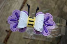 Bee on Flowers Bow Embellishment ITH In the by Bobbin4appliques, $5.00