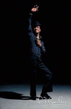 A-cha-cha-cha! Sammy Davis Jr.
