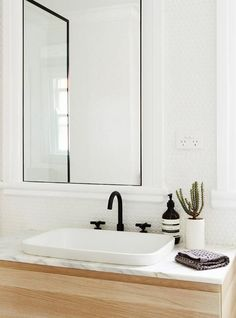 Stylish sturdy black bathroom taps | modern bathroom inspiration http://bycocoon.com | stainless steel | bathroom design and renovation | minimalist design products for your bathroom and kitchen | modern washbasins | villa and hotel projects | Dutch Designer Brand COCOON