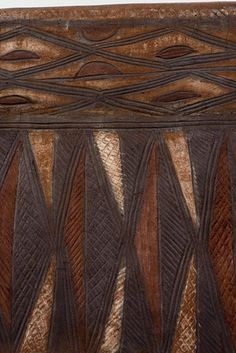Detail from the wall of a home in Gurunsi, Burkina Faso | ©Georges Courreges