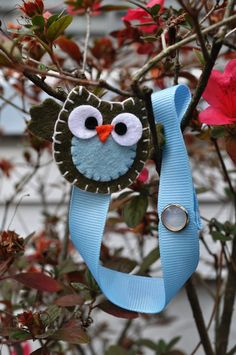 looks like a pacifier clip, if not would be CUTE one!! :)