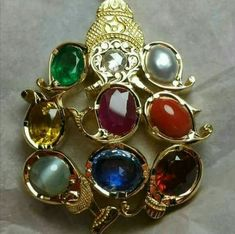 Gold Jewelry Buyers Near Me Refferal: 8589429124 Real Gold Jewelry, Gold Jewelry Simple, Ruby Jewelry, Jewelry Model, Pendant Jewelry, Gold Pendant, Indian Jewelry, Royal Jewelry, Beaded Jewelry