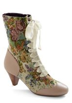 What's on Tapestry Boot in Bone- Modcloth (I don't know who is pulling these off, but would love to see it done!)