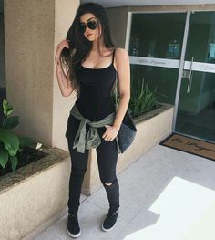 51 Warm Weather Street Style Looks That Make You Look Cool - Daily Fashion Outfits Fall Outfits, Summer Outfits, Casual Outfits, Cute Outfits, Girly Outfits, Comfortable Outfits, Teen Fashion, Fashion Outfits, Womens Fashion