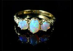 OPAL & DIAMOND FABULOUS TRILOGY GOLD RING