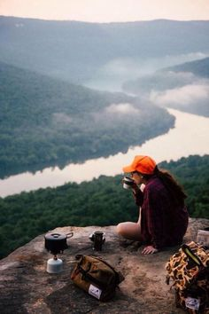22 things female outdoor adventurers will understand. #walkinglifestyle Photo: Granola Products