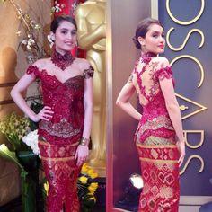 Sexy red modern #kebaya by anna avantie