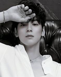 Cute Asian Guys, Cute Korean Boys, Korean Men, Cute Guys, Asian Actors, Korean Actors, Cha Eunwoo Astro, Lee Dong Min, Kdrama Actors