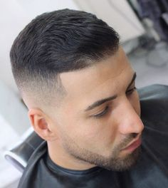 37 Popular Hairstyles For Men To Copy This Year 2019 Popular Mens Hairstyles, Classic Hairstyles, Popular Hairstyles, Cool Hairstyles, Pinterest Hairstyles, Stylish Haircuts, Haircuts For Men, Medium Hair Styles, Short Hair Styles