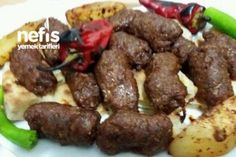 Best Screen Meat snacks for party Popular, Sausage meatballs Here are 30 healthy snacks that are easy to grab and bound to match. High Carb Snacks, Healthy Snacks, Meat Recipes, Snack Recipes, Meatball Recipes, Yummy Recipes, Sausage Meatballs, Yummy Food, Tasty