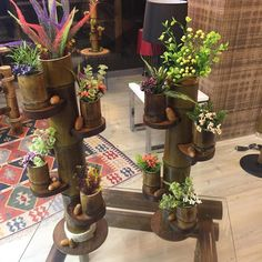 Artesanato com bambu: 70 ideias para decorar o seu lar Bamboo Crafts, Beautiful Places To Visit, Succulents Garden, Plant Decor, Planter Pots, Projects To Try, Creations, Backyard, Diy Crafts
