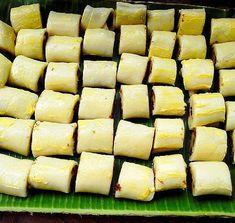 Kakanin - Page 2 of 5 - Mama's Guide Recipes Filipino Desserts, Filipino Recipes, Filipino Food, Ube Roll, Ada Recipe, Cassava Recipe, Pull Apart Garlic Bread, Native Foods, Strawberry Jelly