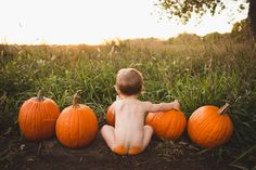 Fall pictures. Pumpkin butt