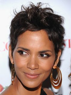 10 Hairstyles Men Really Love: Short and Punky | @no way Claire | halle berry | short hair | brunette hair | hair style | hair color | hair inspiration | celebrity hair