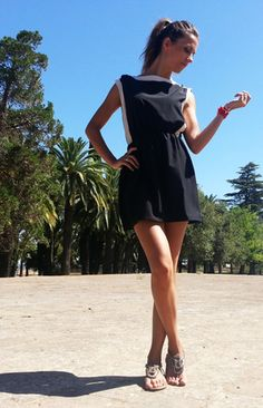 Mini vestido http://probandoropa.com/es/vestidos/mini-vestido