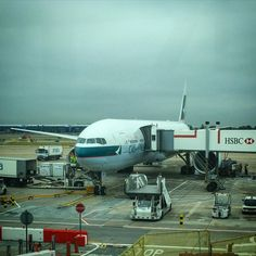 Cathay Pacific B777 - LHR