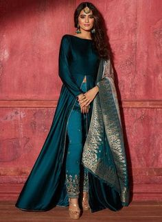 Teal Velvet Pant Style Anarkali with Brocade Dupatta Teal Ve. - Teal Velvet Pant Style Anarkali with Brocade Dupatta Teal Velvet Pant Style Anarkali with Brocade Dupatta – Lashkaraa Source by - Party Wear Indian Dresses, Designer Party Wear Dresses, Indian Gowns Dresses, Indian Fashion Dresses, Kurti Designs Party Wear, Dress Indian Style, Kurta Designs, Indian Wedding Outfits, Lehenga Designs