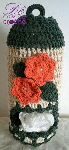 Make one special photo charms for your pets, compatible with your Pandora bracelets. Puxa Sacos de Crochê com Garrafa Pet, by Dê Artes em Croch Crochet Home Decor, Crochet Crafts, Yarn Crafts, Crochet Projects, Free Crochet, Knit Crochet, Crochet Designs, Crochet Patterns, Plastic Bag Crochet