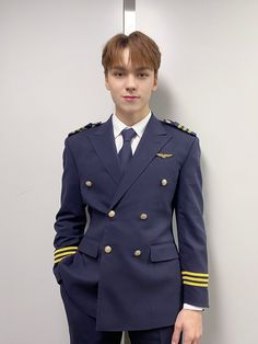 Woozi, Wonwoo, Jeonghan, Vernon Seventeen, Seventeen Album, Pilot Uniform, Id Photo, Choi Hansol, Vernon Hansol