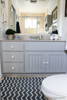 Master Bathroom Makeover in Annie Sloan Chalk Paint 50/50 French Linen and Old White