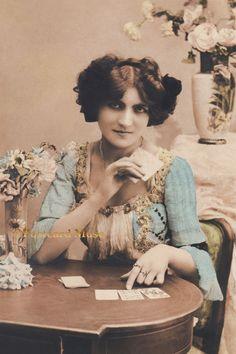 FORTUNE TELLER LADY, CARDS Vintage Postcard Image Photo, Card Or Print LE120 #Handmade #Wedding