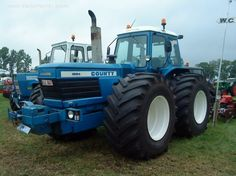 Ag History: Ford N Series Tractors And The Handshake That Changed Farming Forever Tractor Pictures, Farm Pictures, Agriculture Tractor, New Tractor, Classic Tractor, Ford Tractors, Engin, Heavy Machinery, Ford News