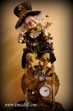 Yelena Mihailova Time Keeper-I'm facinated by time, so this doll is right down my alley! Steampunk Dolls, Elves And Fairies, Dragons, Paperclay, Clay Dolls, Fairy Dolls, Magical Creatures, Fantasy Artwork, Ball Jointed Dolls