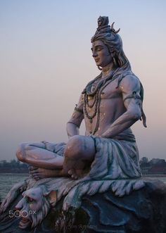 Famous Shiva Temples in India for a True Shiva Bhakt! If you are a true believer of the supreme power or Shiva Bhakt, then the below listed destinations would be worth visiting. Arte Shiva, Shiva Tandav, Rudra Shiva, Shiva Art, Lord Shiva Statue, Lord Shiva Pics, Lord Shiva Hd Images, Lord Shiva Family, Lord Shiva Hd Wallpaper