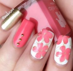 Pink floral manicure