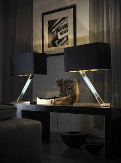Arrange Home Accessories in 3 Steps. A 3 Steps Plan how to arrange home accessories. Lamp Inspiration, Interior Inspiration, Interior Architecture, Interior And Exterior, Interior Decorating, Interior Design, Decorating Games, Dark Interiors, Home Accessories