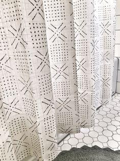 Shower Curtain - Shapes Sour Cream - Threshold