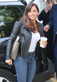 Georgia May Foote outside ITV Studios Sexy Teens, Sexy Hot Girls, Beauty Full Girl, Beauty Women, Georgia May Foote, Non Plus Ultra, Hot Country Girls, Girls Jeans, Sexy Outfits