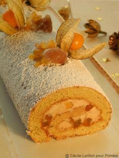 Bûche de Noël à la mousse de châtaigne épicée et écorces d'orange confitesn